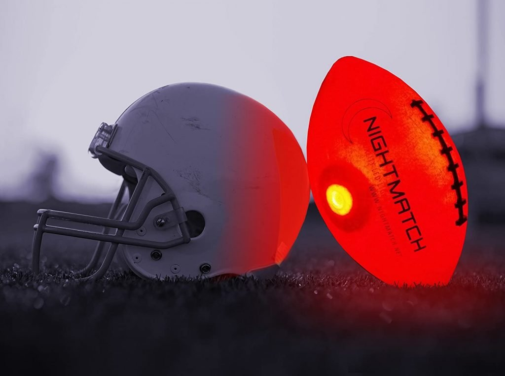 Glow in the dark football nightmatch 2