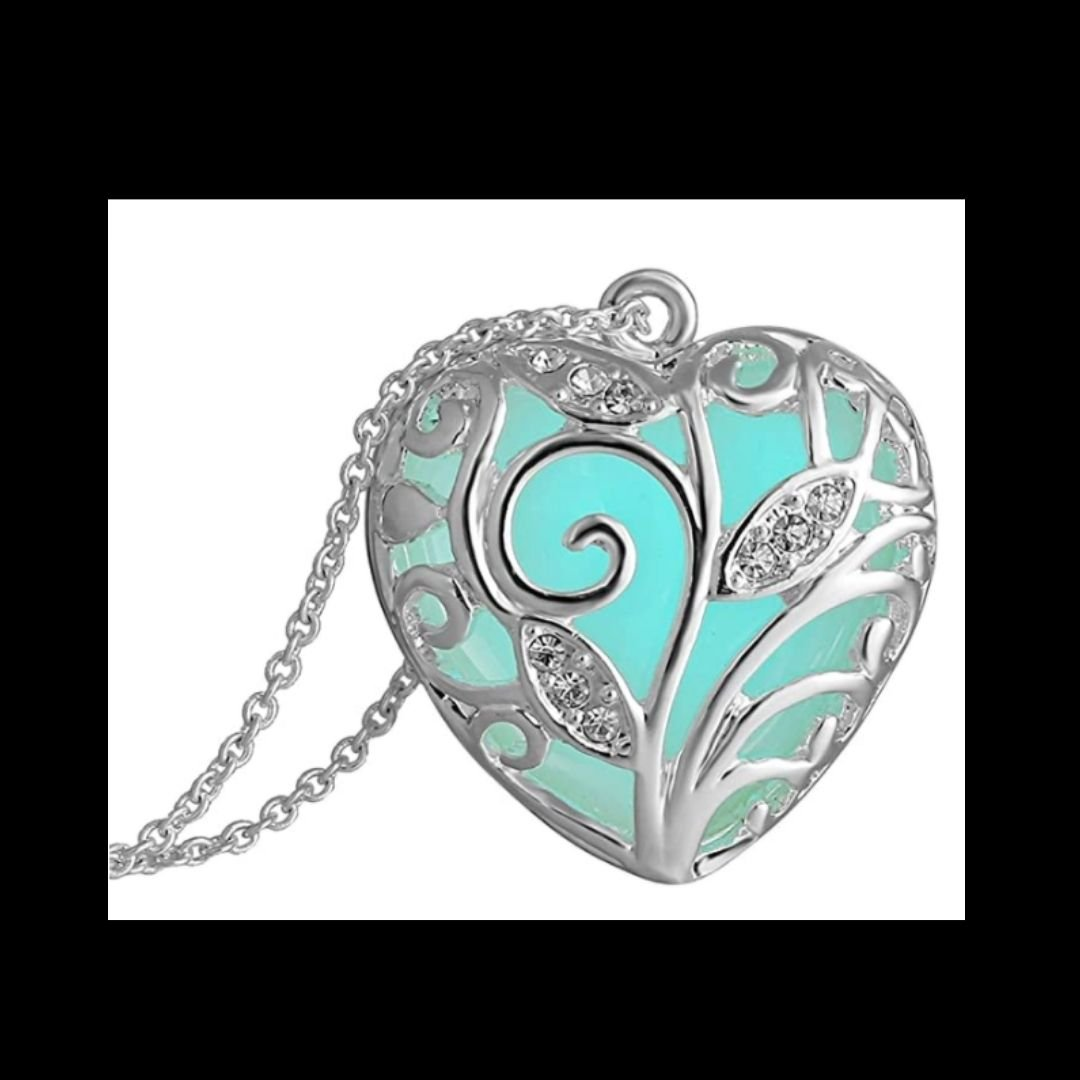 Heart shaped pendant review