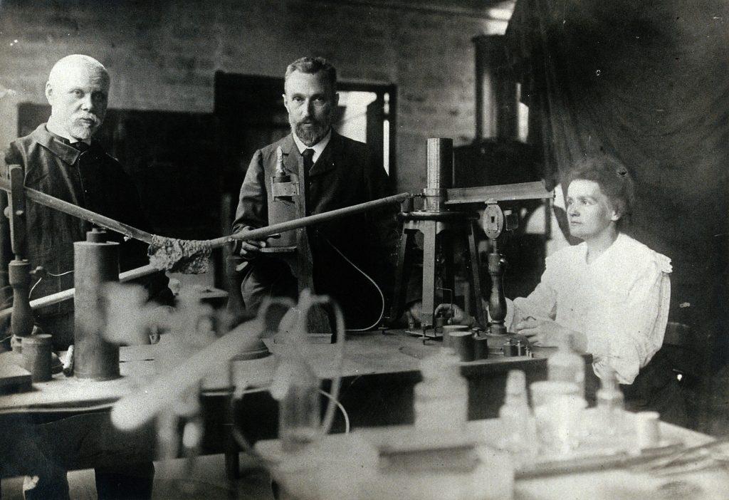 marie and pierre curie radium