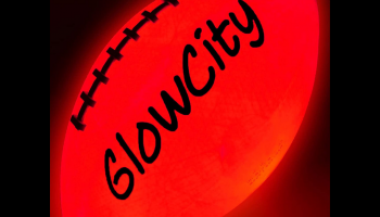 Glow in the dark GlowCity light up LED football, full review